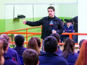 Gabriel García se reunió con alumnado de 2º de ESO.